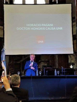 ENTREGA DEL DOCTORADO HONORIS CAUSA AL DISEÑADOR DE AUTOMÓVILES HORACIO PAGANI