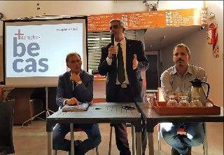 LANZAMIENTO DEL  PROGRAMA DE BECAS UNR 2020